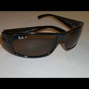 Ray-Ban classic rectangular shape sunglasses